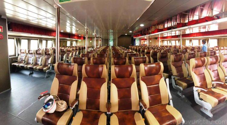 Nội thất tàu Trưng Nhị Express